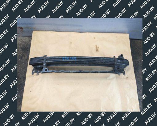 Усилитель переднего бампера Skoda Octavia a5