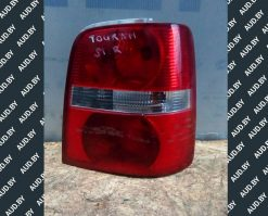 Фонарь задний правый Volkswagen Touran 2003-2006