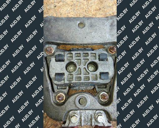 Подушка крепления КПП задняя Audi A6 C6 4F0399151