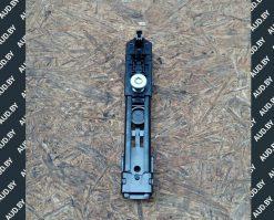 Регулятор высоты ремня безопасности Volkswagen Touran 1T0857819