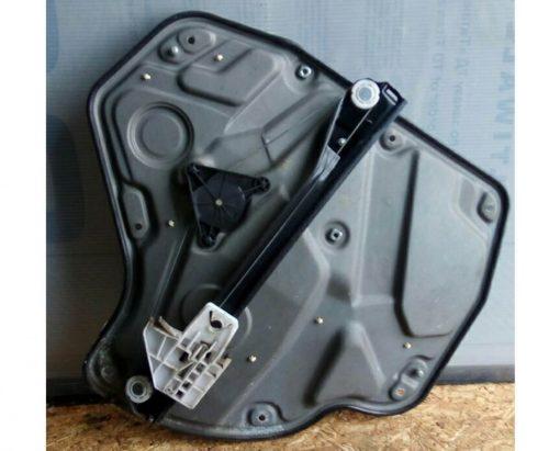 Стеклоподъемник задней левой двери электрический Skoda Octavia A5 1Z0839655A