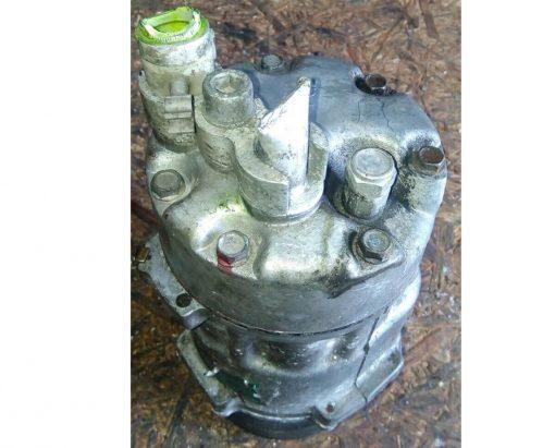 Компрессор кондиционера Volkswagen Passat B3 357820803Q