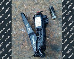 Педаль газа Volkswagen Golf 5 и тд1K1721503P