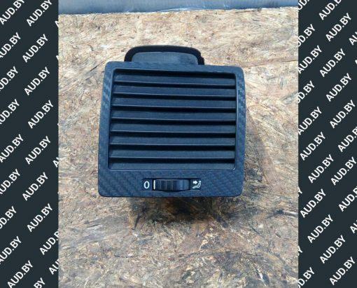 Дефлектор правый Volkswagen T5 7H5819204A