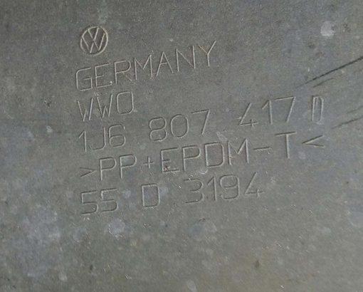 Бампер Volkswagen Golf 4 задний хетчбек 1J6807417D купить в Минске