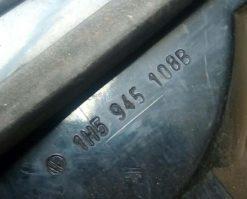 Фонарь задний Фольксваген Гольф 3 Венто правый внутренний 1H5945108B купить в Минске