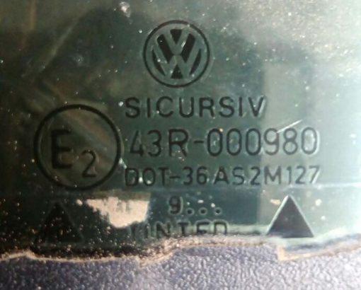 Стекло VW Passat B3 заднее левое седан кузовное 357845297 AS2