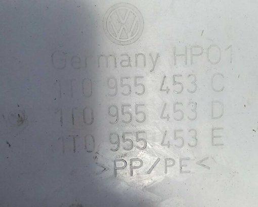 Бачок омывателя Volkswagen Touran 1T0955453C - купить на разборке в Минске