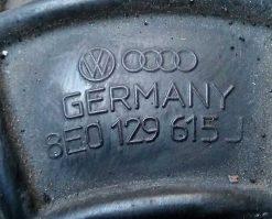 Патрубок воздушного фильтра Audi A4 B6 / B7 2.0 TDI 8E0129615J - купить в Минске