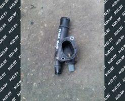Фланец системы охлаждения двигателя 038121132G - купить в Минске