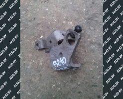 Кронштейн крышки двигателя Audi A6 C6 2.0 TDI 03G103941K - купить в Минске