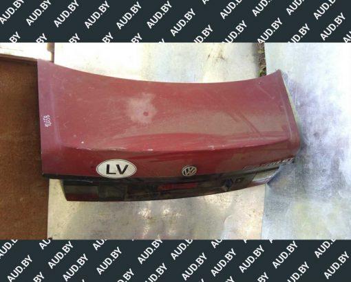 Крышка багажника Volkswagen Passat B3 седан - купить в Минске