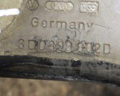 Петля капота Volkswagen Phaeton правая 3D0823302D купить в Минске