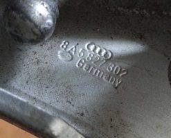 Петля крышки багажника Audi 80 B4 правая седан 8A5827302 - купить в Минске