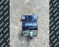 Петля крышки багажника Фольксваген Пассат Б5 универсал 3B9827301D - купить в Минске
