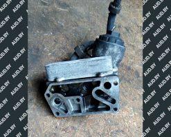 Корпус масляного фильтра Volkswagen T5 2.5 TDI 070115389B - купить в Минске