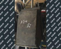 Корпус воздушного фильтра Audi 100 / A6 C4 2.6-2.8 078133837AD - купить в Минске