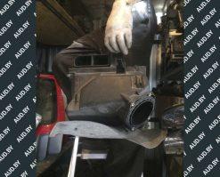 Корпус воздушного фильтра Audi A4 B5 1.8 058133837E - купить в Минске