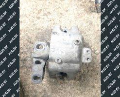 Подушка крепления двигателя Volkswagen Golf 4 правая 1J0199262BN - купить в Минске