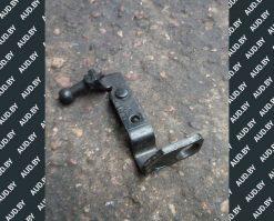 Кронштейн крышки двигателя Audi A4 B7 03G103390A - купить в Минске