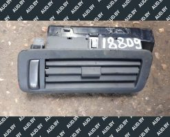 Дефлектор боковой Volkswagen Phaeton левый 3D0819703C - купить в Минске