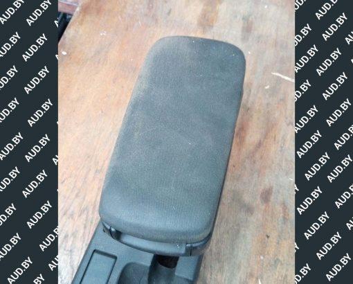 Подлокотник Audi A4 B6 / B7 8E0864207D - купить в Минске