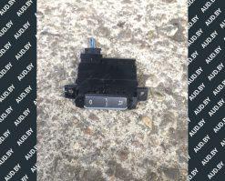 Кнопка управления дефлекторов Volkswagen Phaeton 3D0919815L - купить в Минске