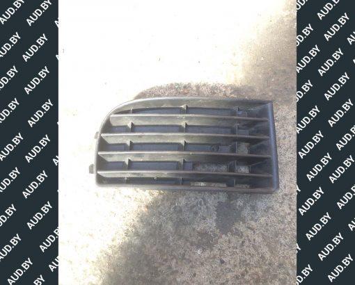 Решетка бампера Volkswagen Golf 5 правая 1K0853666 - купить в Минске