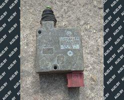 Активатор замка крышки багажника Volkswagen Passat B4 3A0959781 - купить в Минске