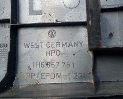 Держатель полки багажника Volkswagen Golf 3 хэтчбек левый 1H6867761 - купить в Минске