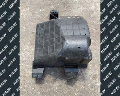 Корпус воздушного фильтра Audi A6 C5 1.8 бензин 4B0133835P - купить в Минске