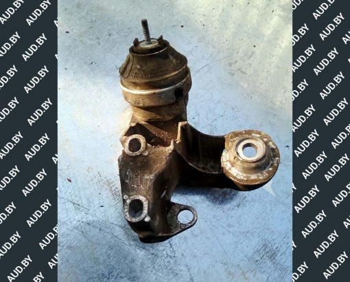Кронштейн двигателя 4B0199351B - купить на разборке в Минске