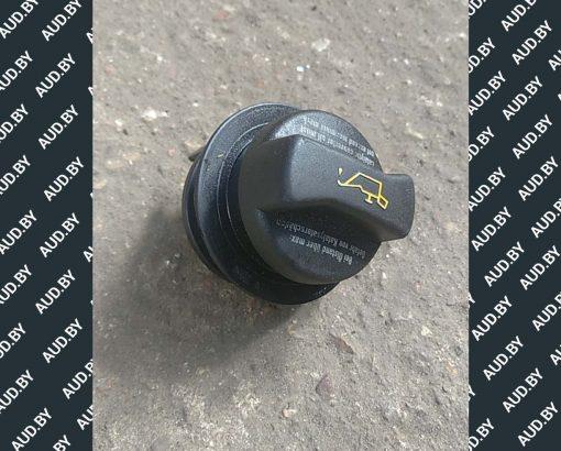Маслозаливная горловина 038115301B - купить на разборке в Минске