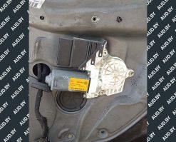 Моторчик стеклоподъемника Volkswagen Golf 4 задний правый 1C0959812A