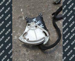 Моторчик заслонки печки 8D1820511E - купить на разборке в Минске