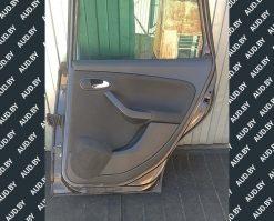 Обшивка двери Seat Altea задняя правая купить на разборке в Минске