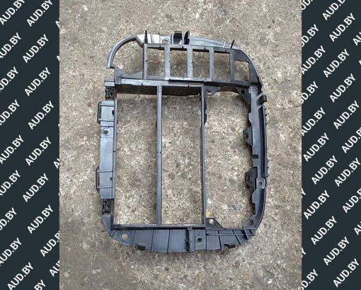 Рамка магнитолы Volkswagen Sharan 7M0858089N - купить в Минске