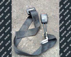 Ремень безопасности Volkswagen Golf 3 задний центральный 1H0857713A