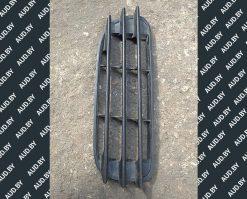 Решетка переднего бампера Skoda Octavia A4 правая 1U0807368A - купить в Минске