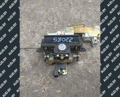Ручка крышки багажника Skoda Octavia A4 хэтчбек 1U6827565B - купить в Минске