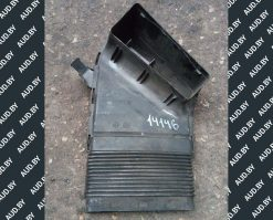 Воздуховод Audi A4 B6 / B7 8E0129617D - купить на разборке в Минске